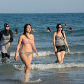 Burkini ban: US warns tourists to obey French law