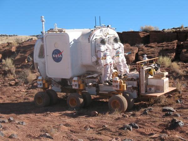 NASA demos 2020's 12-wheeled, pressurized lunar rover concept car