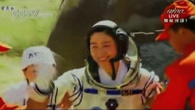 Cina, mission accomplished: rientrano astronauti di Shenshou 9