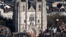 Francia, grave incendio in cattedrale Nantes
