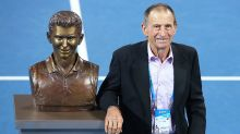 'Giant of the game': Tennis world mourns death of Aussie great