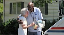Neighbors' sendoff for beloved mailman goes viral: 'It touched my heart'