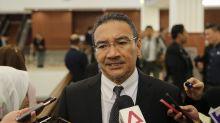 Kadir asks Hishammuddin about Putrajaya trip