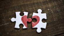 Lang verheiratetes Paar stirbt am selben Tag: Kann man wirklich an gebrochenem Herzen sterben?