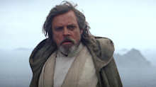Star Wars: The Last Jedi director teases opening crawl in editing room photo