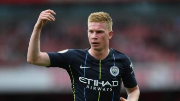 Manchester City playmaker Kevin De Bruyne flies to Barcelona for further tests on knee injury