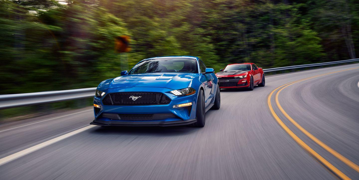 2019 Chevy Camaro SS 1LE vs. 2019 Ford Mustang GT Performance Pack Level 2