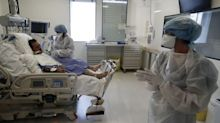 French coronavirus strategy 'chaotic', leading doctors warn as cases surge