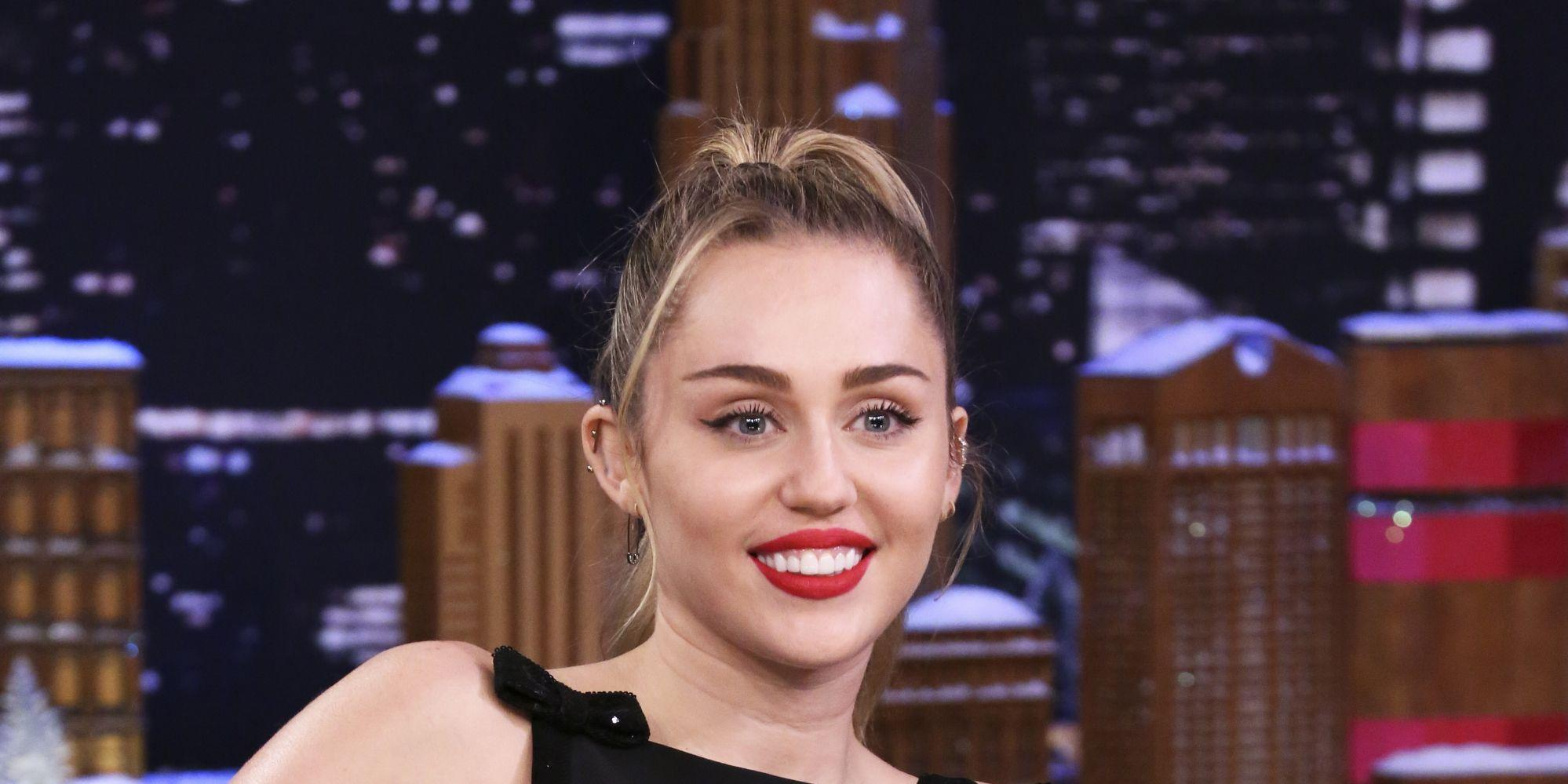 Miley Cyrus Says She Once Made Eye Contact With An Alien