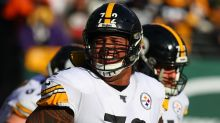 Zach Banner carted off for Steelers