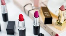 5 tips to make any lipstick last all day