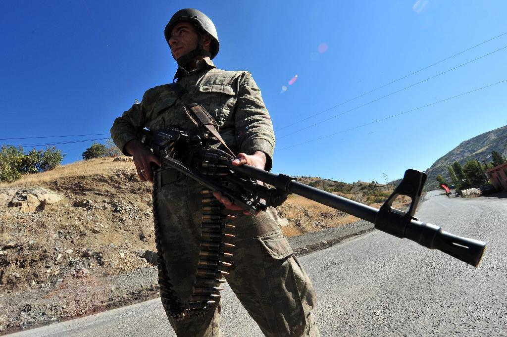 A Turkish soldier patrols the southeastern province of Sirnak, near the border with Iraq (AFP Photo/Mustafa Ozer)