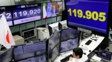 Euro, shares skid as Italy votes 'no' on reform, PM Renzi to resign