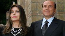 """Veronica Lario: """"Silvio si affidi ai medici e segua le terapie. È la cosa più giusta da fare"""""""