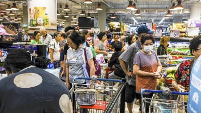 Alibaba's Lazada briefly stops new S'pore grocery orders