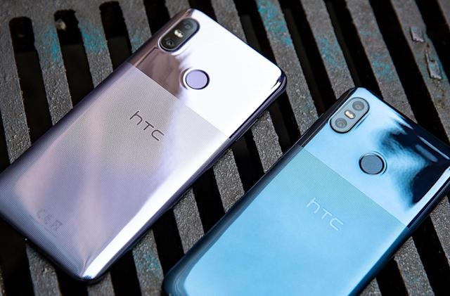 HTC's U12 Life has a slick half-and-half texture finish