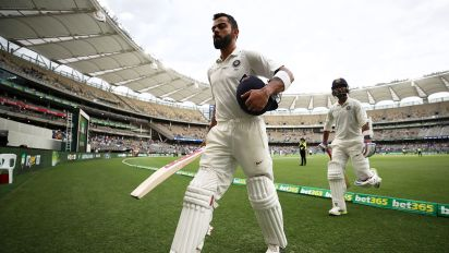 Fans in awe as 'King Kohli' rescues India