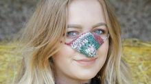 Vergiss die Ohrenschützer: Dieses Accessoire soll uns warm durch den Winter bringen