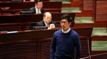 Uno de los organizadores de las primarias pro-democracia en Hong Kong renuncia bajo presión de Pekín