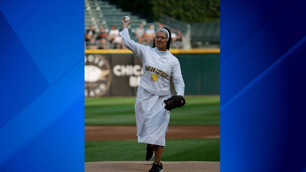 Sister Mary Jo Sobiek from Marian Catholic dazzles with first-pitch strike at White Sox game