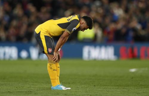 Arsenal s'éloigne de la C1
