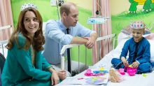 Kate dons plastic tiara for tea with young cancer patient in Pakistan