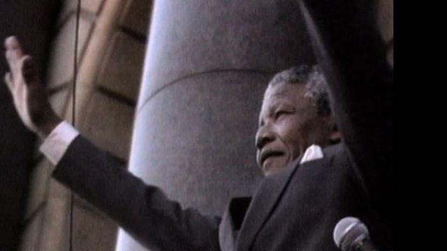 Nelson Mandela freed from prison