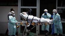 Fase mais crítica da pandemia da Covid-19 deixa a rede hospitalar à beira do colapso em vários estados brasileiros
