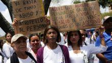 Médicos sofrem perseguição de Maduro na visita da ONU à Venezuela