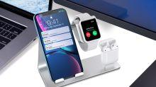 Hyper pratique, cette station de charge vous permet de recharger votre smartphone, vos AirPods et votre Apple Watch en même temps