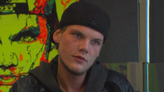 Avicii Talks New Single 'Wake Me Up'; Releasing His First Album