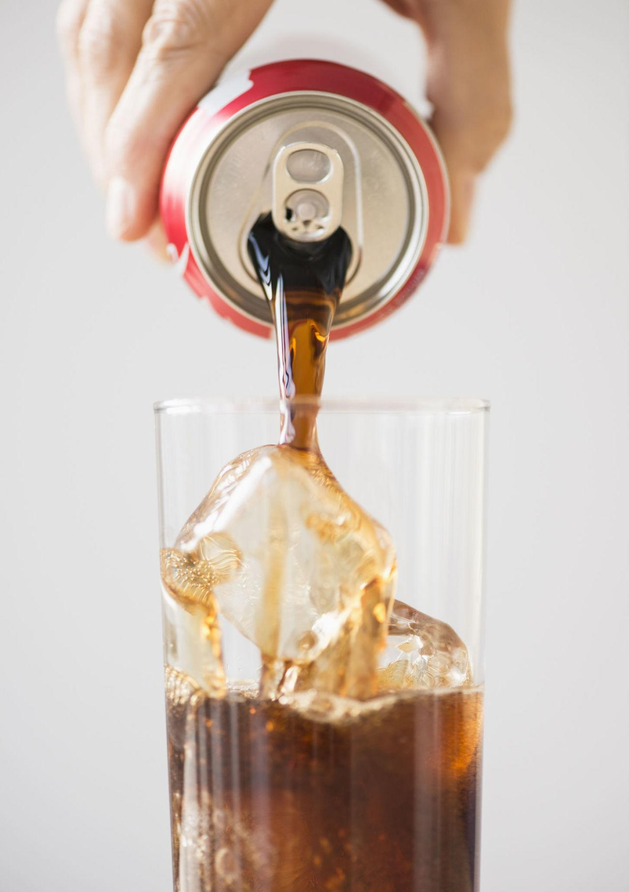 <p>The sugar in soda gets a bad rap, but the carb count is just as bad: One can of Coke has 39 grams.</p>