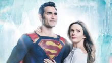 Superman and Lois Lane Break the Ice in Arrowverse Crossover First Look