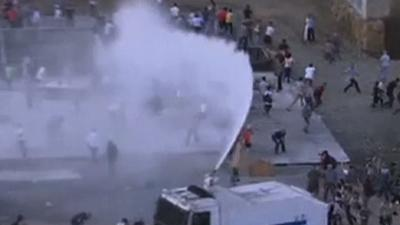 Water Cannon Fired on Turkish Protesters