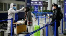 Coronavírus: Número de mortes se aproxima de 500 e China isola mais cidades