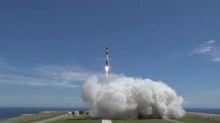 Rocket Lab Launches 2nd Test Flight of Electron Small-Satellite Booster