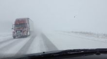 Prolonged snow squalls in Ontario threaten 30+ cm, dangerous travel