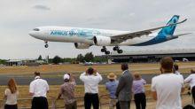 Fabricantes de aeronaves registram pedidos de US$20 bi no 1º dia do airshow Farnborough