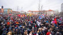 6000 bei Demo gegen Hass in Hanau - Grüne wollen Aktionsplan