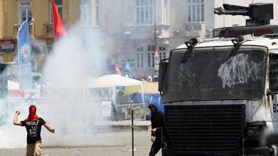 Riot Police Clash With Protestors in Istanbul