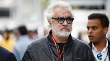 Briatore é internado com Covid; dirigente esteve com Silvio Berlusconi