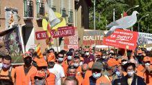 Chasse à la glu : une manifestation dans la ville de Jean Castex