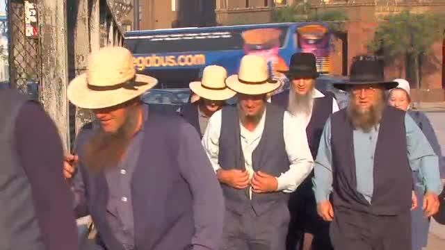 amish arrive to federal court