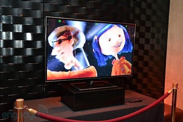 Hands-on Toshiba's 55-inch 4K glasses-free 3DTV
