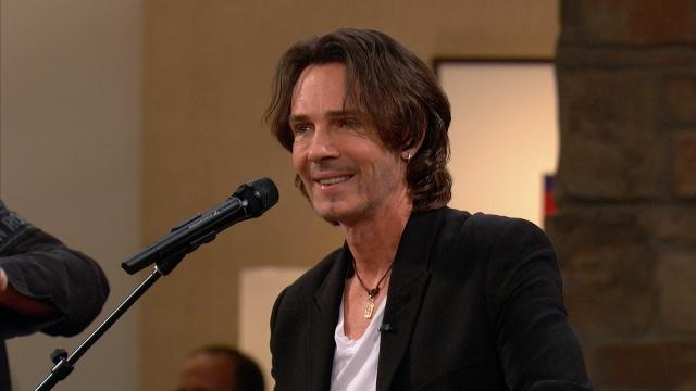 Rick Springfield Performs His New Song
