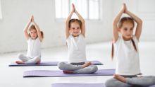 Yoga für Kids: Mit diesen Karten lernen sie es ganz spielerisch