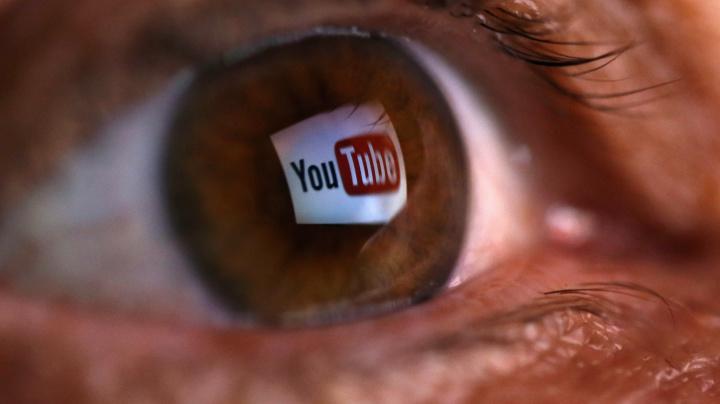 El algoritmo de YouTube está alejando a los usuarios de los videos contra las vacunas