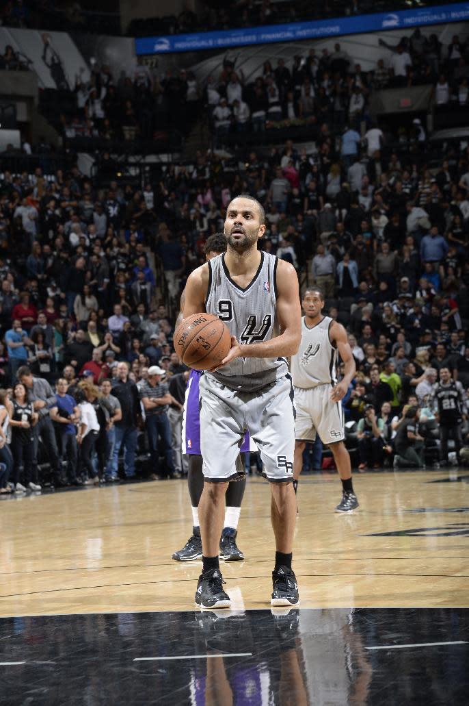 Spurs' Parker apologizes for 'quenelle' gesture
