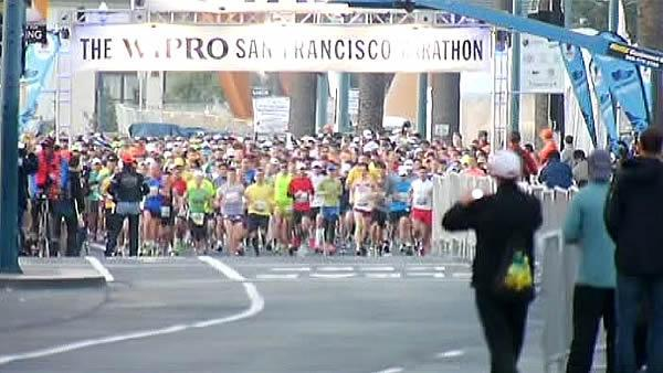 25,000 runners hit the streets for SF Marathon