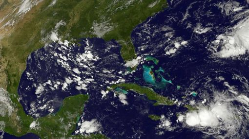 Tropical Wave Headed Toward Florida, Bahamas This Weekend